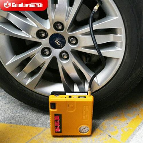 汽车轮胎充气泵